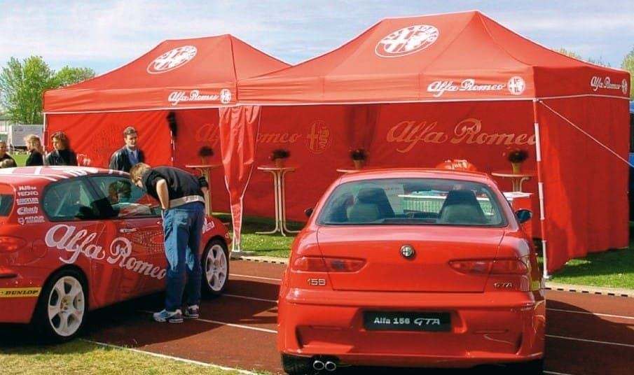 <p>Tent – Alfa Romeo</p>