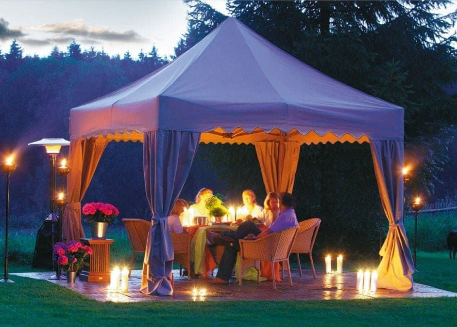<p>Tent – Royal – Private Residence</p> <p>5m x 5m</p> <p>An elegant dining area created at a private residence using our Royal tents.</p>