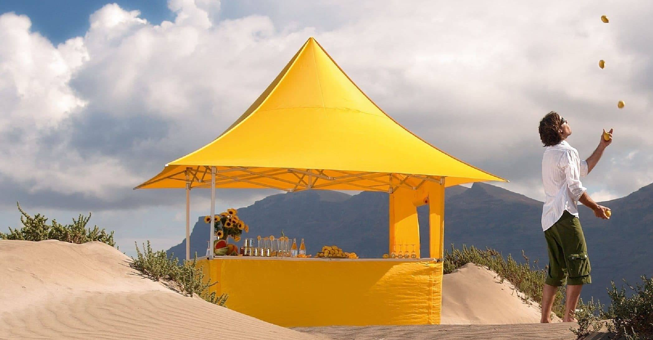 <p>Tent – Shop – Lemonade</p> <p>3m x 3m Shop 4 Awnings (4.3m x 4.3m)</p> <p>Beautifully looking instant marquee. 3m x 3m Shop Folding Tent.</p>