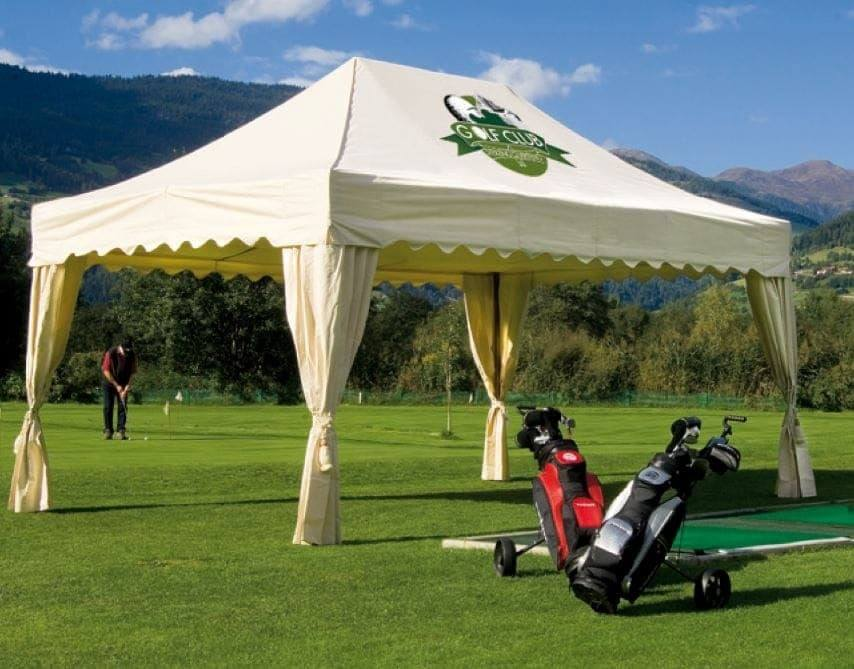 <p>Tent &#8211; Royal &#8211; Golf Course</p>