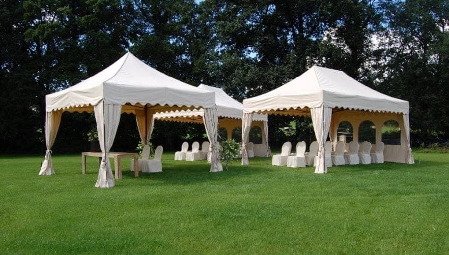 <p>Tent – Royal – Hotel Wedding</p> <p>Various Sizes</p>