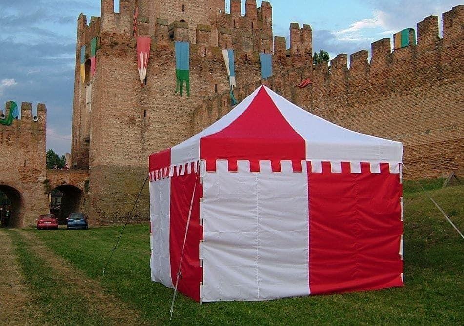 <p>Tent – Castle</p>