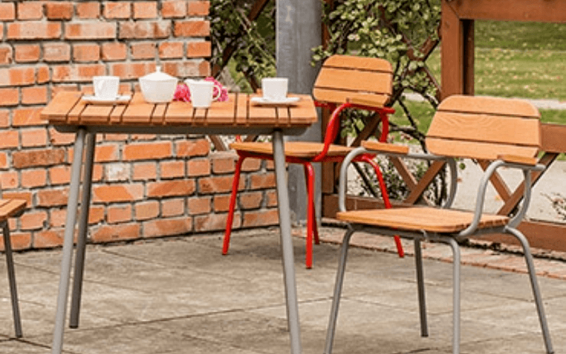 <p>Outdoor Furniture – Metal & Wooden Dining Collection – Malaga.</p> <p> </p> <p>Pub and Restaurant quality Dining Furniture.</p> <p> </p> <p>Fresh, stylish and modern Metal & Wooden Outdoor Dining Furniture includes armchair, tables. Warm, comfortable & durable in all weathers and suitable for indoor and outdoor use.</p>
