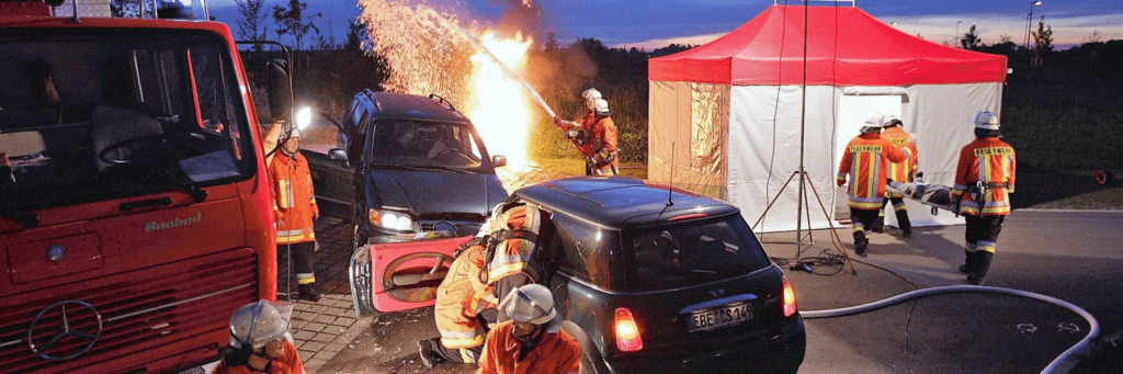 Special Rescue Folding Tent in an emergency fire-fighting situation