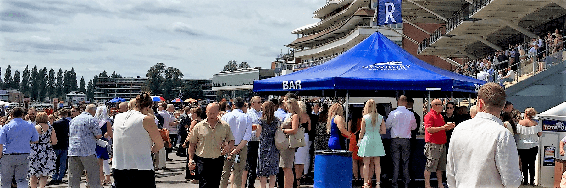 <p>Event, Mobile &amp; Stadia Bar &#8211; Tents &amp; Marquees &#8211; Octagonal Pavilion &#8211; Event Bar</p> <p>&nbsp;</p> <p>Ideally suited as a Premium Drinks outdoor event bar for racecourse or other high-profile sporting events.</p> <p>&nbsp;</p> <p>Branding to suit venue, event or drinks brand</p>