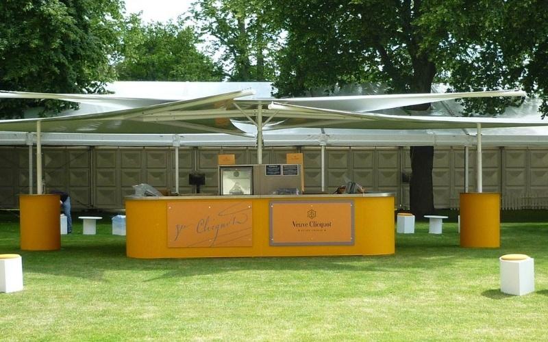 Event-Mobile-Stadia-Bars-Umbrella-Bars-Premium-Sail-Canopy-Bar-Veuve-Clicquot-Sporting-Venue