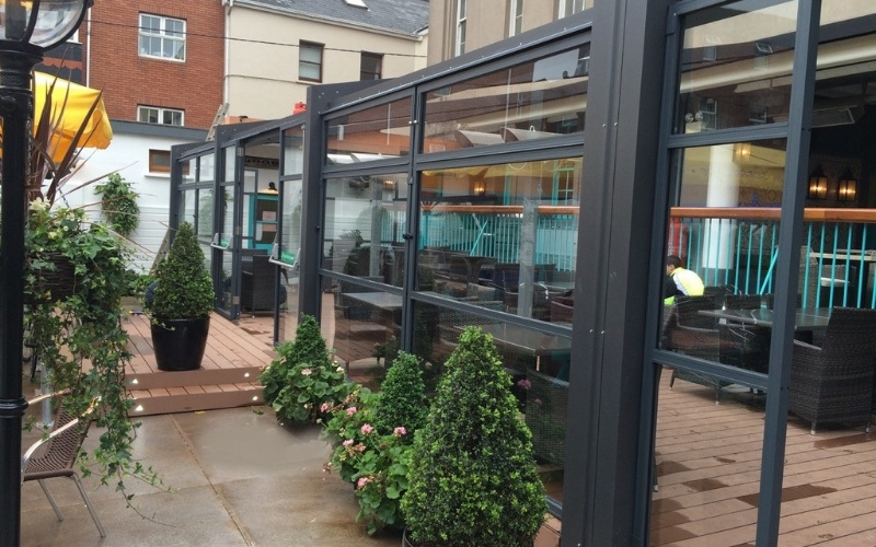 <p>Barriers & Screens – Terrace Screens – Samoon.</p> <p> </p> <p>Hotel outdoor patio enclosed terrace.</p> <p> </p> <p>Frames & Glass are available in a variety of colours and options to include corporate branding or sponsor branding are also available.</p>