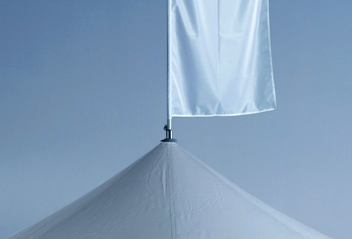 <p>Event, Mobile &amp; Stadia Bars &#8211; Tents &amp; Marquees &#8211; Pavilions Accessories &#8211; Roof Flag &amp; Flag Pole.</p> <p>&nbsp;</p> <p>Possible on every size of Pavilion.  Can be fully branded and is a great way of gaining extra visibility and awareness of your business or campaign at the event you are attending.</p>