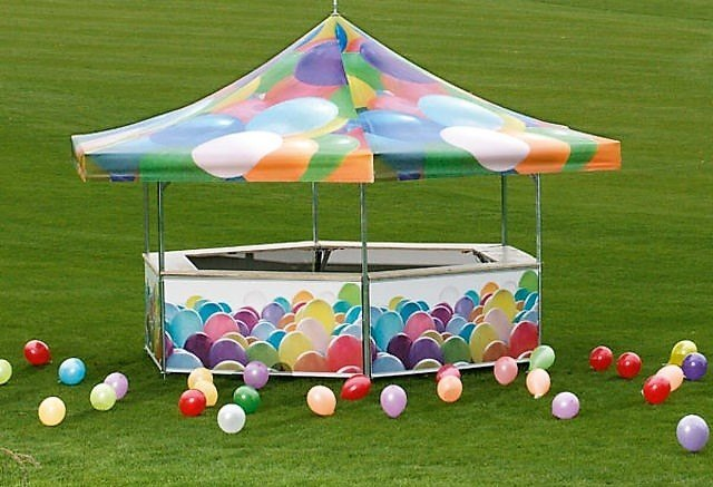 <p>Event, Mobile & Stadia Bars – Tents & Marquees – Hexagonal Pavilion</p> <p> </p> <p>Fully Branded Roof and Base Panels with Balloons graphics – suited for a children's party event, but with branding options aplenty pavilions are suited to all types of circumstances</p>