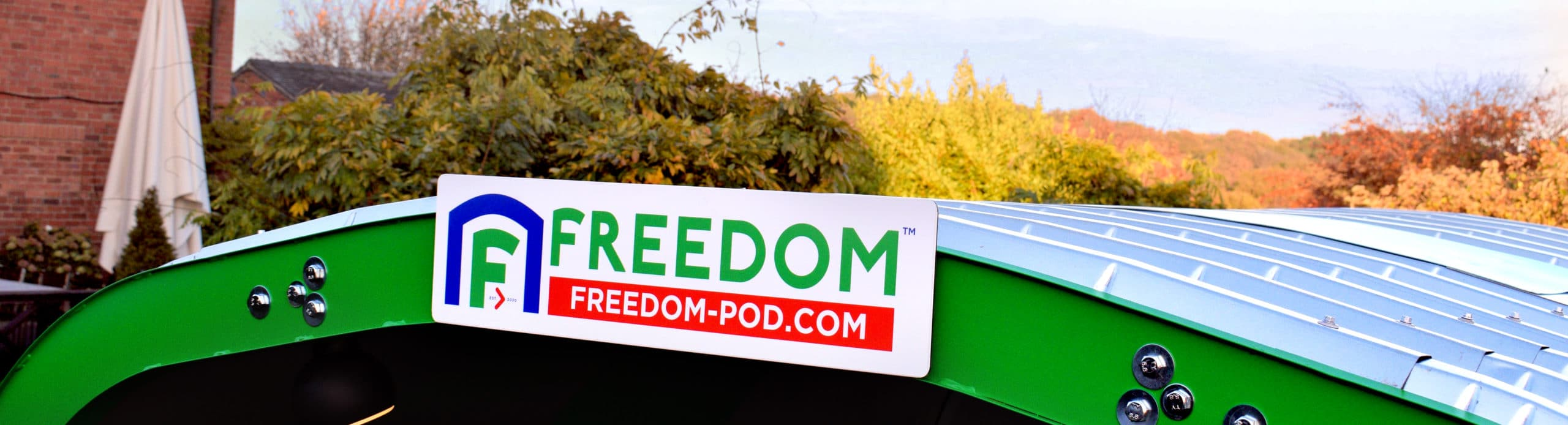 <p>Freedom Dining Pod – Outdoor Pod Dining – Roof Bar</p> <p>Showing roof bar & Logo position</p>