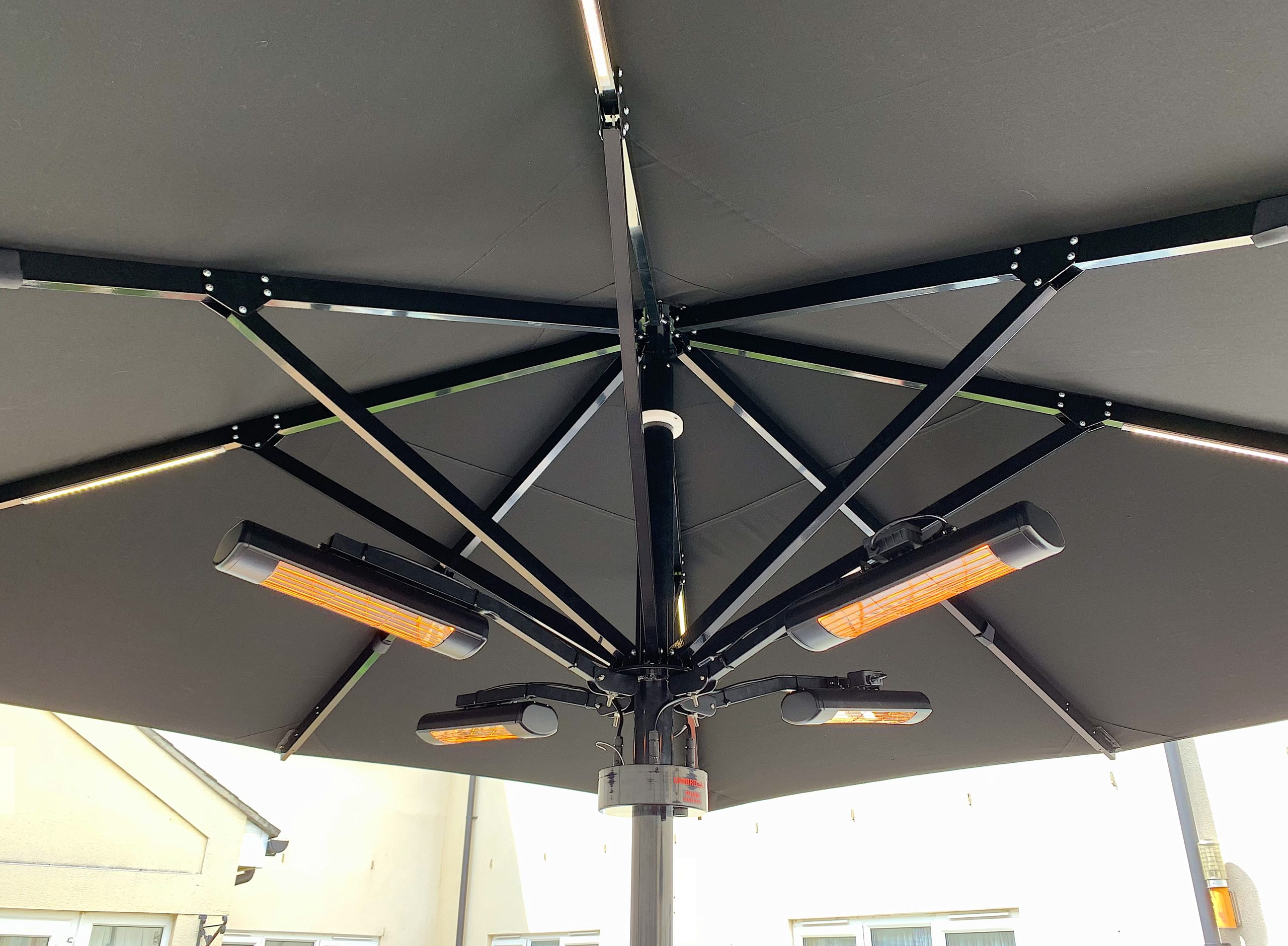 <p>Parasols-Bella-Commercial-Umbrella-Heating & Lighting-4x4m Black</p> <p></p> <p>Heating and Lighting displayed on a Stylish Parasol offering the ideal shade solution providing comfort and protection from the environmental conditions be it blazing hot sunshine or rain.</p> <p></p> <p>Popular not just within the hospitality industry and associated sectors, but also the parasol of choice of commercial and residential customers who demand high quality</p>